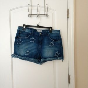 Jessica Simpson Denim Frayed Shorts Size 32